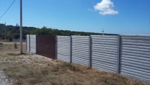 Сколько стоит еврозабор в Крыму Севастополе